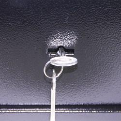 petit coffre fort a clef 13l acier galvanise toute la s curit domestique. Black Bedroom Furniture Sets. Home Design Ideas